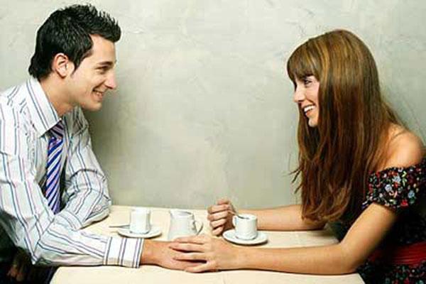 संभाषण मधुर व संतुलित राखण्यासाठी