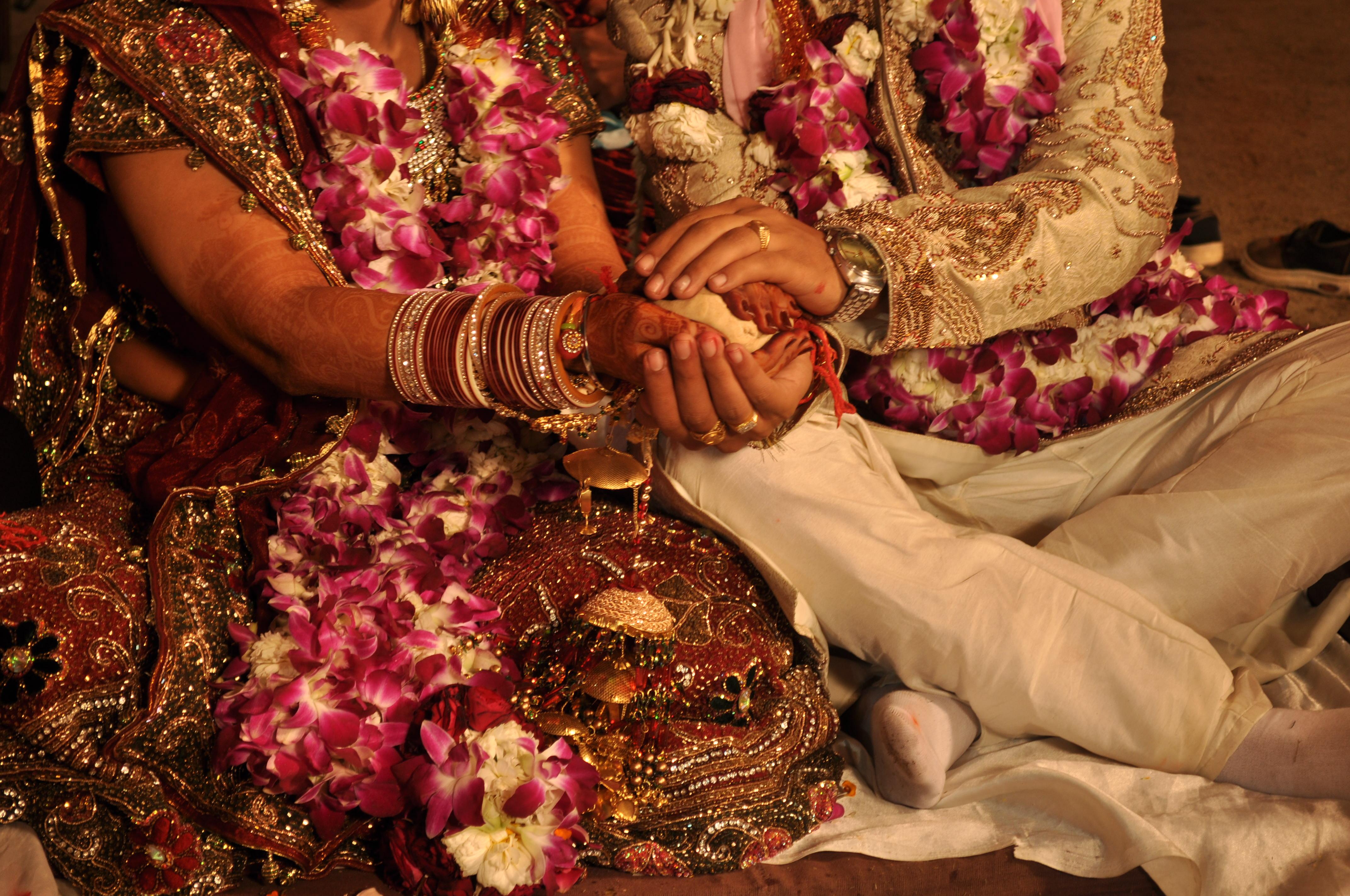 विवाह जुळविताना कुंडली गुणमेलन का आवश्यक असते?