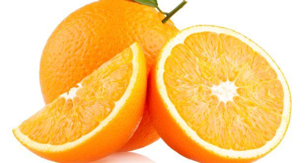 शरीराला स्फूर्ती , त्वचेला चमक देणारे संत्रे.