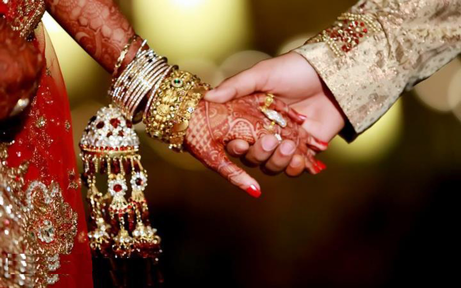 कोणत्या ब्लडग्रुपच्या तरुणीबरोबर करावे लग्न, जीवन सुखी कसे करावे ?